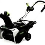 greenworks cordless battery powered snow thrower model sn220